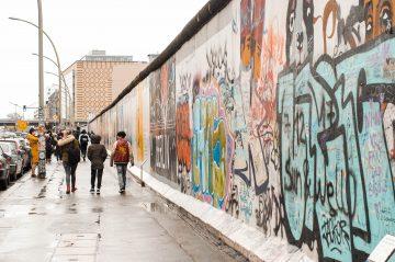 interviewer, kelione i berlyna, berlynas, autobusu, kitoks berlynas, 1 dalis